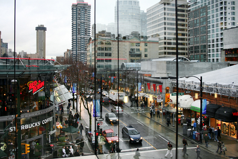 Turismo-Canada-Vancouver-Robson-Street